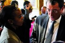 Mantes-la-Ville : Hassna Moummad provoque un entretien avec le ministre François Lamy