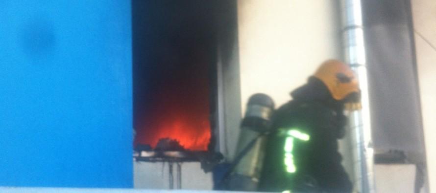 Mantes-la-Jolie: incendie à la salle des fêtes de la poste, la piste criminelle évoquée.