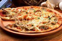 Commandez vos pizzas Chez Dany pour vos soirées foot ou entre amis