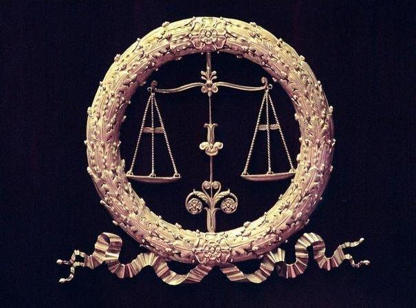 221480_la-balance-symbole-de-la-justice