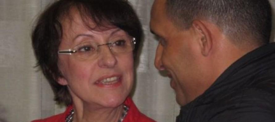 Annette Peulvast-Bergeal seule face aux partis (UMP, PS, FN)