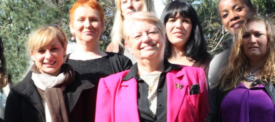 Journée de la femme : les colistières d'Annette Peulvast-Bergeal disent stop à la prostitution à Mantes-la-Ville
