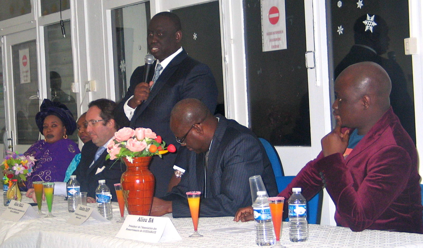 Mantes-la-Jolie (Yvelines), samedi 1 mars 2014 - Aliou Sall s'adresse aux ressortissants sénégalais (MA/Ab.N)
