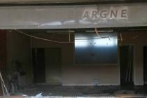 Mantes-la-Ville : incendie d'origine inconnue au centre commercial des merisiers