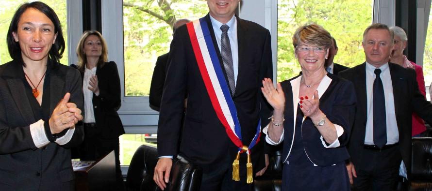 Mantes-la-Jolie : Michel Vialay (UMP) officiellement élu maire avec 12 adjoints
