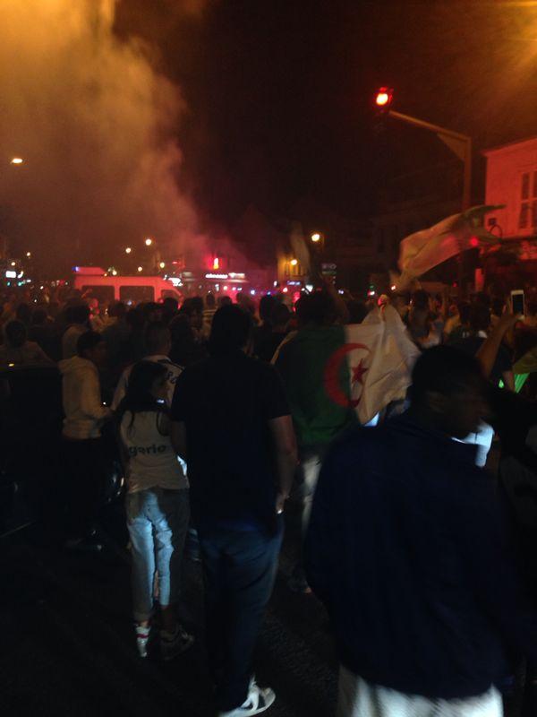 Mantes-la-Jolie - 22.06.2014 - Scènes de liesse en centre-ville après la victoire de l'Algérie (MA/Ab.N)