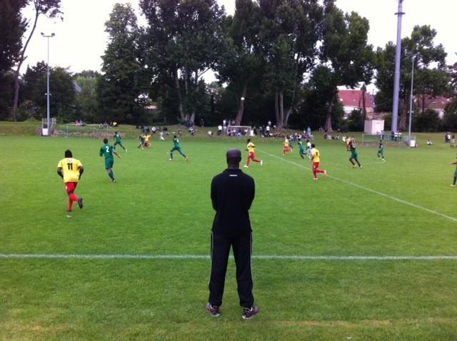 Mantes-la-Ville (Yvelines) - Le FC Mantois a battu le Red Star 4 à 1 en amical (MA/Ab.N)