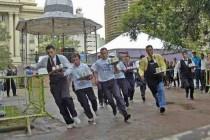Mantes-la-Jolie : deuxième édition de la course des garçons de café