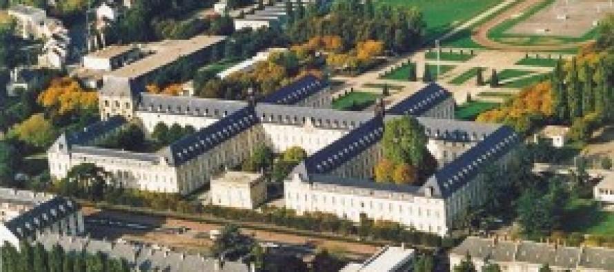 Mantes-la-Jolie : 5 jeunes du val fourré intègrent le lycée militaire de Saint-Cyr