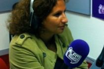 Samira Djouadi de TF1 en visite à Mantes-la-Jolie