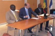 Coopération décentralisée : signature d'une convention entre Mantes-la-Jolie et deux départements du Sénégal