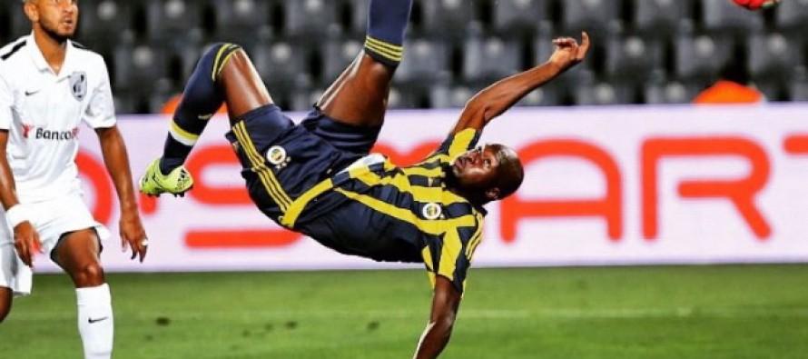 Foot – Vidéo : le retourné acrobatique de Moussa Sow en amical