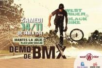 Mantes-la-Jolie : démo de BMX de Black Bike place Saint-Maclou