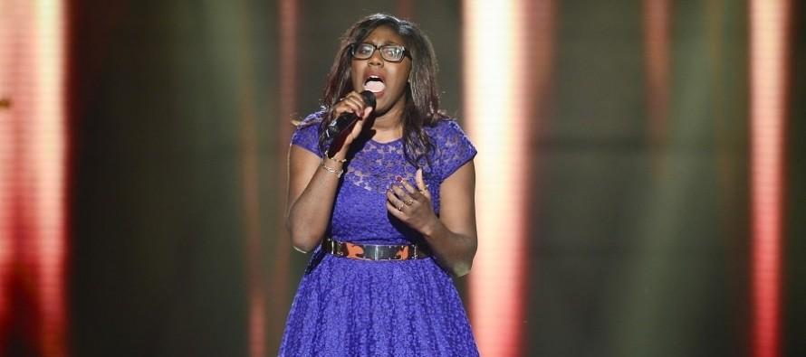 The Voice 2016 : Khady cartonne sur une chanson de James Brown