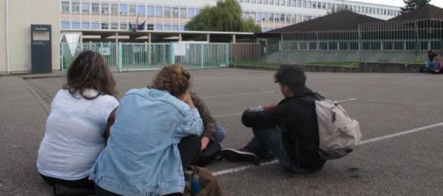 Lycée Saint-Exupéry : la FCPE et la PEEP lancent une pétition pour réclamer plus de moyens