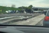 A13 Les Mureaux : l'autoroute coupée en direction de Paris après un grave accident