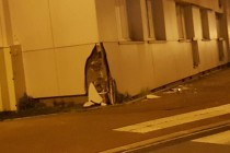Mantes-la-Ville : un automobiliste percute un bâtiment après une course-poursuite