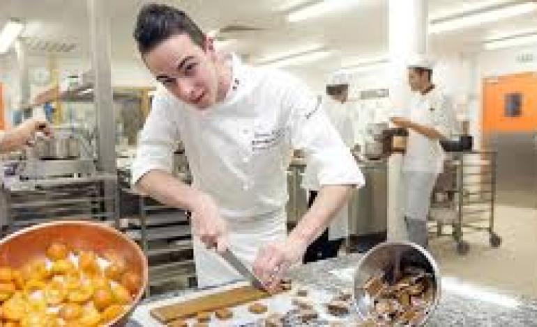 Emploi la r gion le de france recrute des apprentis en - Recherche apprenti cuisine ...