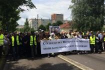 Mantes-la-Jolie : plus d'un millier de musulmans rendent hommage  aux deux policiers tués