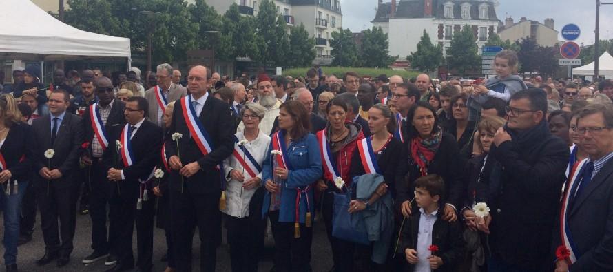 Mantes-la-Jolie : 1 000 personnes rendent hommage à Jean-Baptiste Salvaing et Jessica Schneider