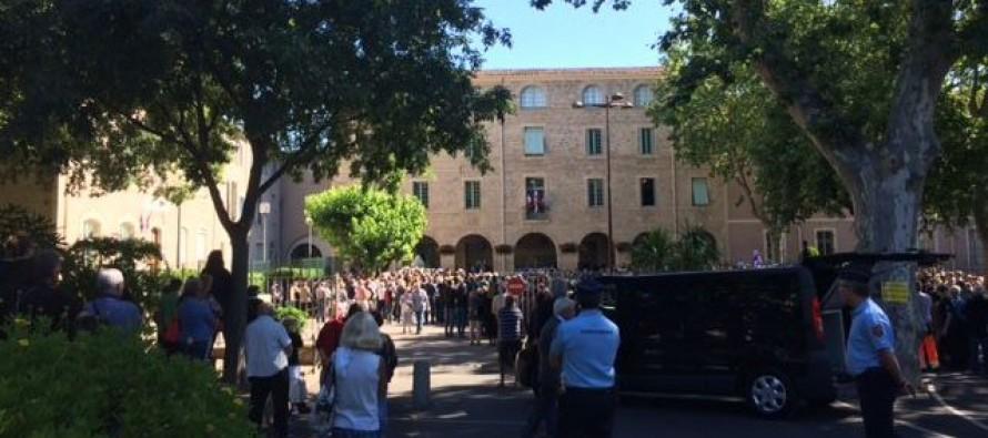 Policiers tués à Magnanville : l'ultime hommage à Pézenas