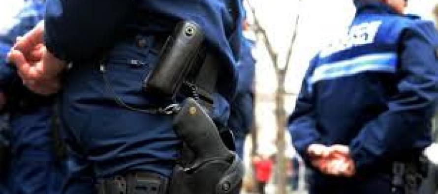 Mantes-la-Ville : le maire FN veut armer la police municipale