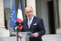 Violences à Mantes-la-Jolie : Bernard Cazeneuve félicite tous les policiers mobilisés
