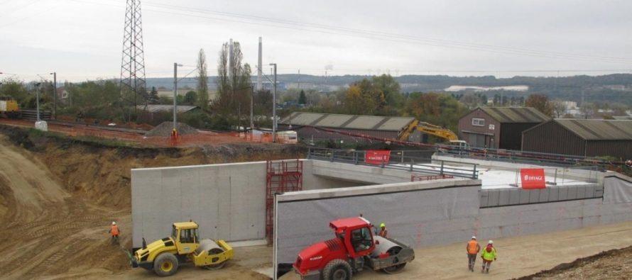 Limay – SNCF : le nouveau pont posé avec succès