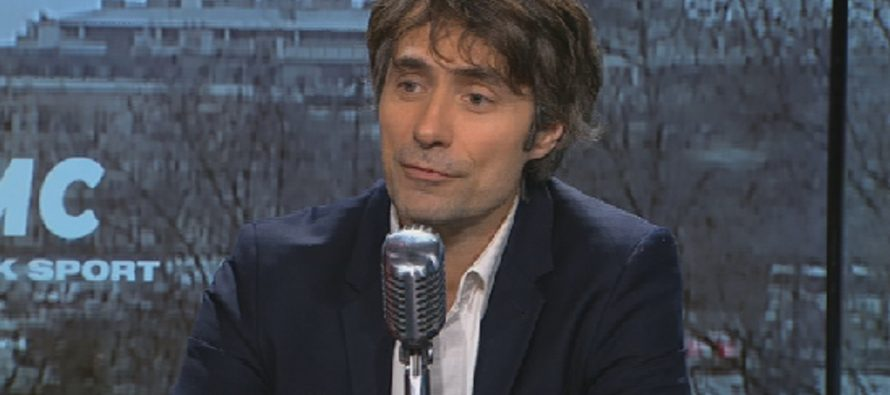 Mantes-la-Jolie : le sociologue Raphaël Liogier en visite