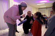 Noël 2016 : Mantes Espoir offre des cadeaux à des familles en difficulté