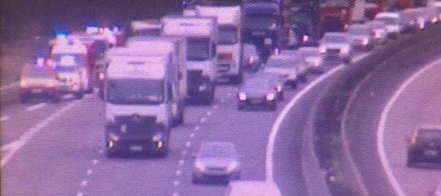 A13 Flins-sur-Seine : l'autoroute bouchée en direction de la Normandie après un accident