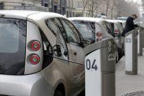Transports : Autolib accessible avec le passe Navigo à partir de mi-avril