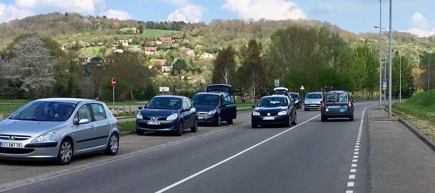 Sécurité à Mantes-la-Jolie : faut-il des ralentisseurs sur la route des bords de Seine ?
