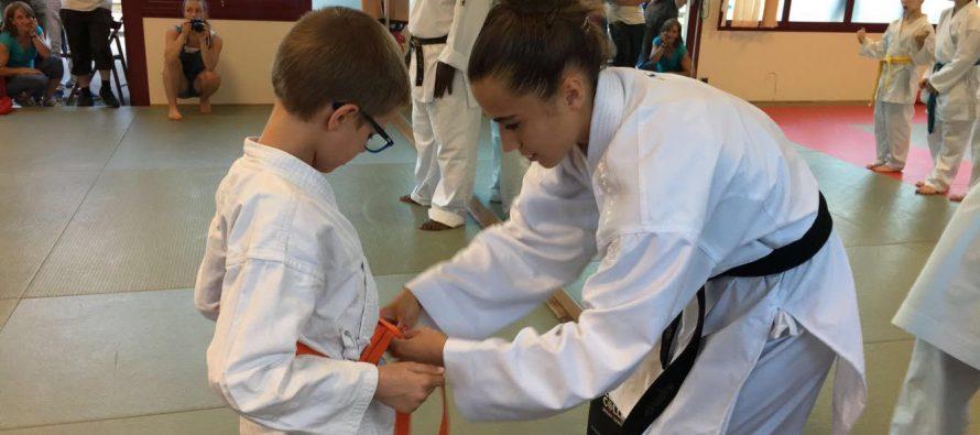 Guerville Karaté : remise des ceintures avec la championne Aurore Bourçois