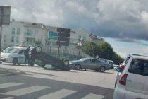 Accident à Mantes-la-Jolie : la voiture finit sur le toit