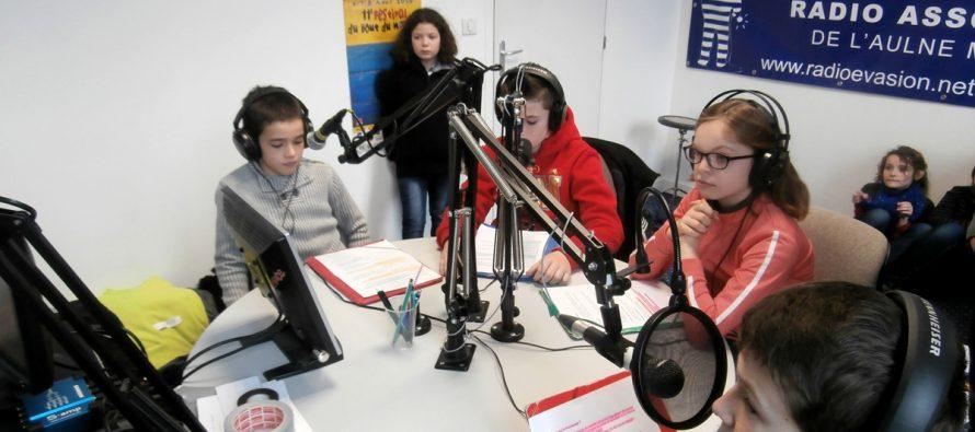Médias : Radio Évasion débarque à Mantes sur la fréquence 101.7 FM