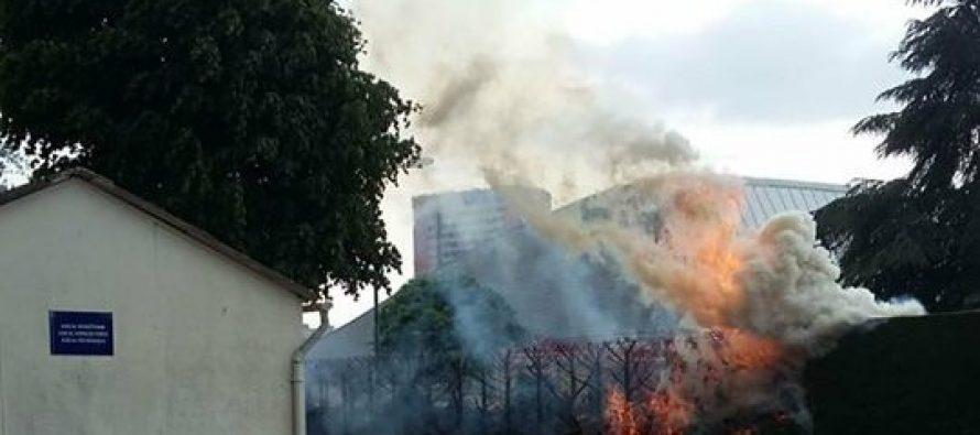 Mantes-la-Jolie : incendie au stade Jean-Paul David