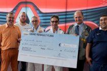 Flins-sur-Seine : Bréval Sports & Loisirs reçoit un chèque de 5 000 € de Renault