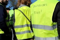 Gilets Jaunes – 17 novembre : blocages à Auchan et au péage de Buchelay