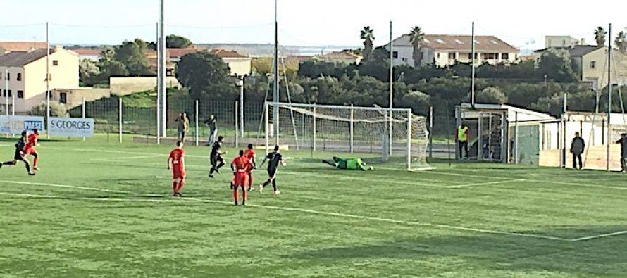 Foot – N2 – 15e J : Mantes s'incline à Furiani (Corse) pour son dernier match en 2018