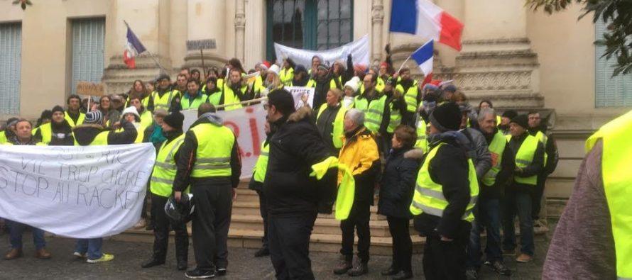 Mantes-la-Jolie : une manifestation des Gilets Jaunes non déclarée en préfecture