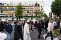 Mantes-la-Jolie : une marche en hommage aux victimes de l'attaque terroriste en Nouvelle-Zélande