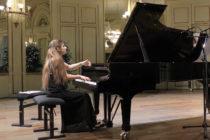 Rosny-sur-Seine : concours de piano à La Passerelle ce weekend