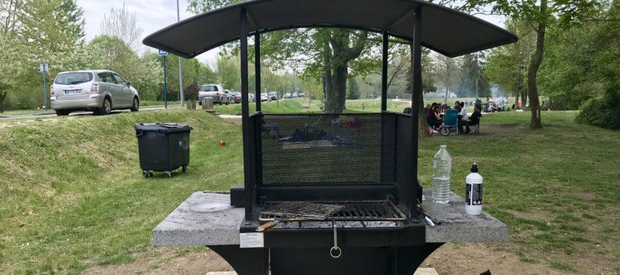 Mantes-la-Jolie : la ville a installé des barbecues aux lacs des pêcheurs et de Gassicourt