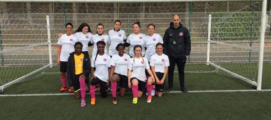 Foot Féminin : l'Entente Sportive Bouafle-Flins recrute