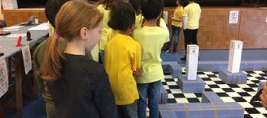 Challenge Robotique MANBOT : des écoliers de Magnanville remportent le premier prix