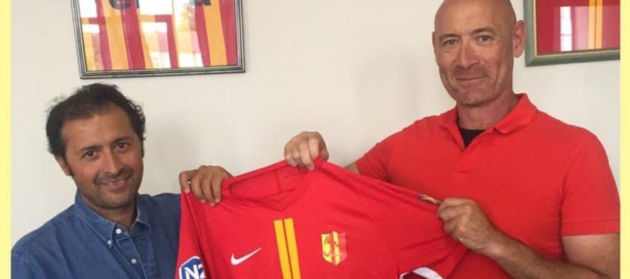 Foot – FC Mantois : Sam Damergy quitte son fauteuil de président