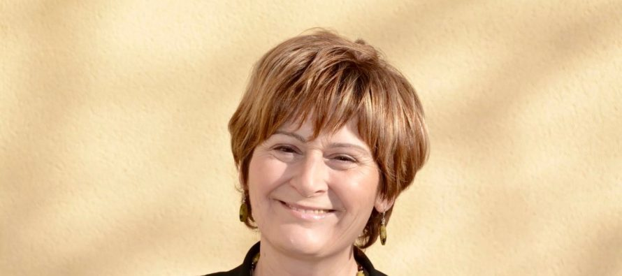 Municipales 2020 à Rosny-sur-Seine : Françoise Descamps-Crosnier candidate