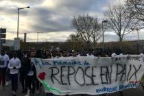 Mantes-la-Jolie : 400 personnes à la marche blanche en hommage à Brandon