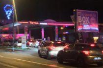 Pénurie d'essence : les stations-service prises d'assaut à Mantes